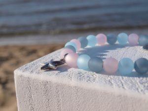 Perlenarmband-Damen-rosa-blau-grau-Küstenglück